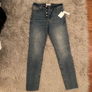 NWT Free People size 27 ripped jeans